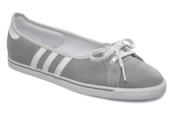 Achetez élégant adidas court star slim plimsole pas cher