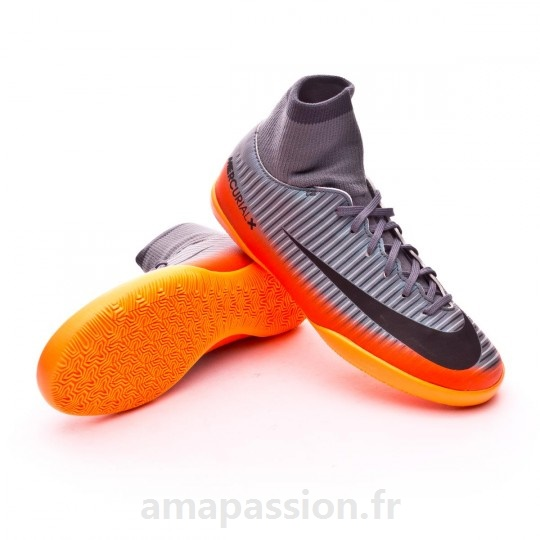 Achetez élégant chaussure de futsal nike pas cher pas cher