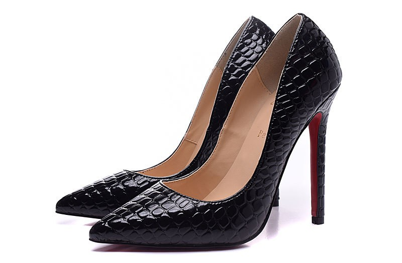soldes chaussures louboutin 2010